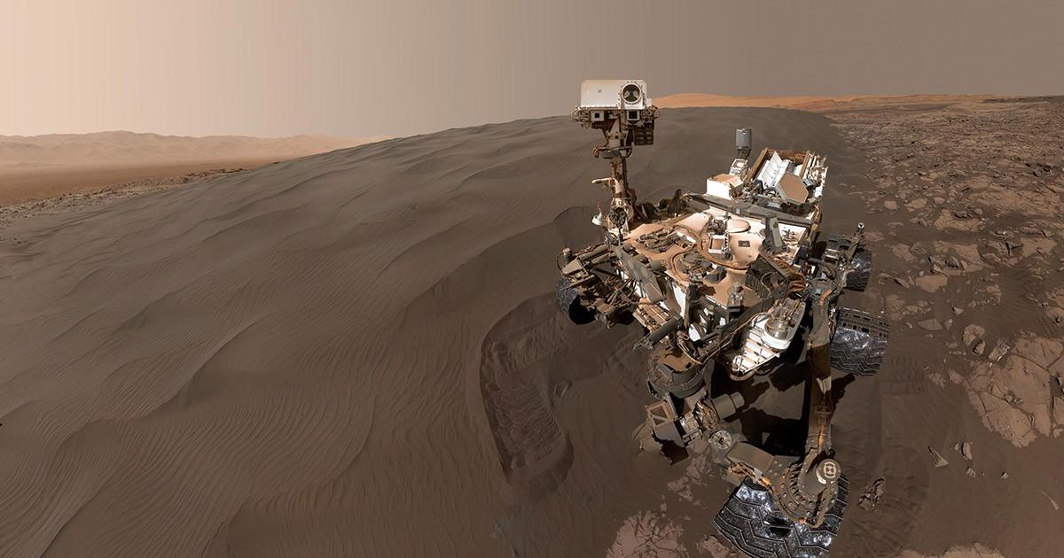 Curiosity at Namib Dune